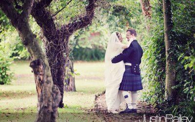 Wedding Photographer Essex : Leez Priory : Alison and Stephen