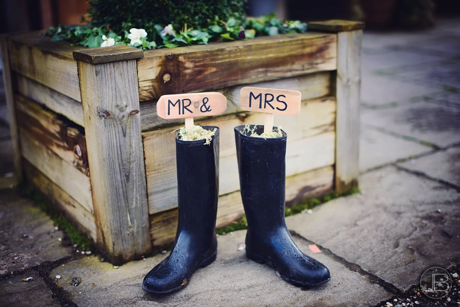 Wedding Photographer Maidens Barn KA 4
