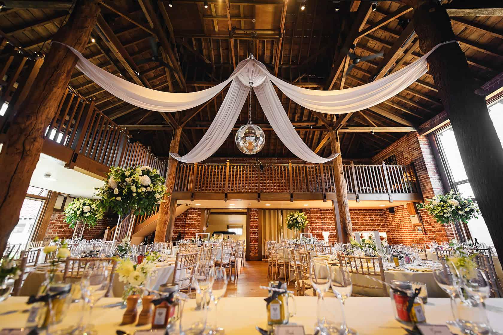 Best_Wedding_Photography_2018_Wedding-Photographer-Essex-and-London_012