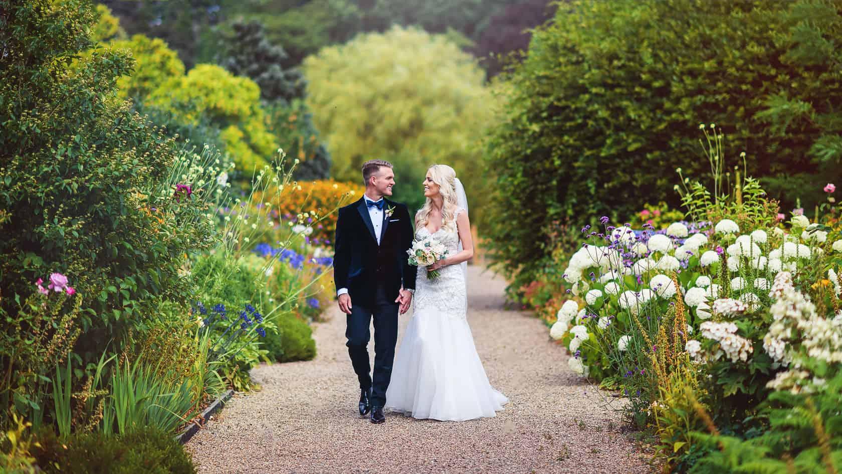 Best_Wedding_Photography_2018_Wedding-Photographer-Essex-and-London_041
